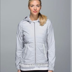 Lululemon Spring Fling Puffy Windbreaker Size 8